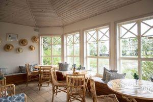 Relaxavdelningen inomhus vid Sjöbastun