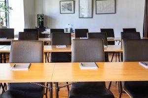 Konferenslokal Stenkvarn med block och penna